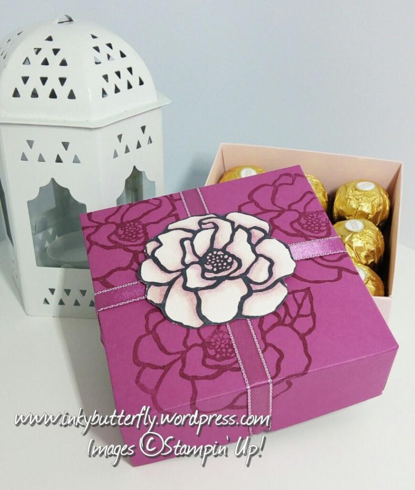 Lidded Treat Box